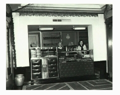 The original lower lobby bar